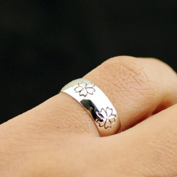 Japan Gothic Jewelry Black Sakura Flowers 925 Sterling Silver Ring Rounded Ring (Men Ring)
