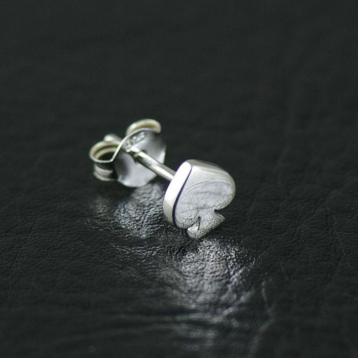 Japan Gothic Jewelry 925 Sterling Silver Black Spade Hearts Little Earstud (Men Earring)