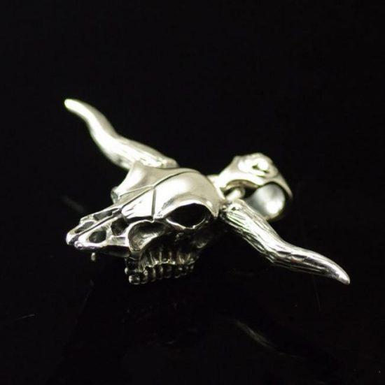Japan Gothic Jewelry 925 Sterling Silver goro Design Bull Head Skeleton Male Pendant (Men Pendant)